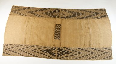 Mbuun. Raffia Cloth, 19th century. Raffia, 35 7/8 x 19 3/8 in. (91.0 x 49.0 cm). Brooklyn Museum, Museum Expedition 1922, Robert B. Woodward Memorial Fund, 22.1322. Creative Commons-BY