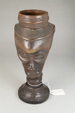 Kuba (Bushoong subgroup). Single Head Goblet (Mbwoongntey), early 20th century. Wood, 8 1/4 x 4 5/16 in. (21 x 11 cm). Brooklyn Museum, Museum Expedition 1922, Robert B. Woodward Memorial Fund, 22.1486. Creative Commons-BY