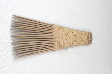 Comb. Wooden Brooklyn Museum, Museum Expedition 1922, Robert B. Woodward Memorial Fund, 22.1562. Creative Commons-BY