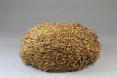 Possibly Kongo. Basketry Cap, late 19th century. Raffia, height: 2 3/4 in. (7 cm); diameter: 6 5/16 in. (16 cm). Brooklyn Museum, Museum Expedition 1922, Robert B. Woodward Memorial Fund, 22.1643. Creative Commons-BY
