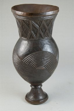 Wongo. Goblet, early 20th century. Wood, 8 1/4 x 3 11/16 x 3 11/16 in. (21 x 9.4 x 9.4 cm). Brooklyn Museum, Museum Expedition 1922, Robert B. Woodward Memorial Fund, 22.175. Creative Commons-BY