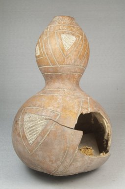 Calabash, before 1922. Gourd, height: 8 11/16 in. (22 cm); diameter: 5 5/16 in. (13.5 cm). Brooklyn Museum, Museum Expedition 1922, Robert B. Woodward Memorial Fund, 22.358. Creative Commons-BY