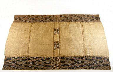 Mbuun. Wrapper, 19th century. Raffia fiber, 41 3/4 x 28 1/4 in. (106.0 x 72.5 cm). Brooklyn Museum, Museum Expedition 1922, Robert B. Woodward Memorial Fund, 22.470. Creative Commons-BY