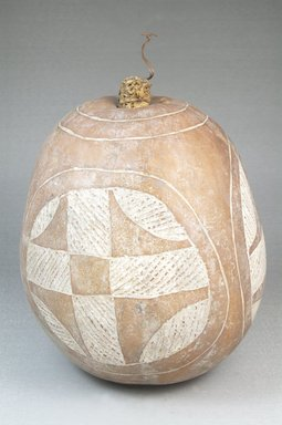 Calabash, before 1922. Gourd, clay, height: 6 11/16 in. (17 cm); diameter: 5 1/2 in. (14 cm). Brooklyn Museum, Museum Expedition 1922, Robert B. Woodward Memorial Fund, 22.508. Creative Commons-BY