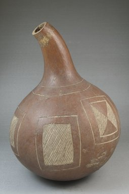 Calabash, before 1922. Calabash, height: 9 3/16 in. (23.3 cm); diameter: 7 1/16 in. (17.9 cm). Brooklyn Museum, Museum Expedition 1922, Robert B. Woodward Memorial Fund, 22.511. Creative Commons-BY