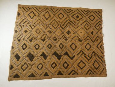 Kuba. Raffia Cut-Pile Panel, 19th century. Raffia, embroidery, 27 9/16 x 22 13/16in. (70 x 58cm). Brooklyn Museum, Museum Expedition 1922, Robert B. Woodward Memorial Fund, 22.563. Creative Commons-BY