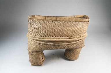 Oblong Shaped Basket, early 20th century. Vegetal Fiber, (21.0 x 10.5 cm). Brooklyn Museum, Museum Expedition 1922, Robert B. Woodward Memorial Fund, 22.828a-b. Creative Commons-BY