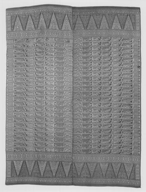 Textile. Silk, 61 7/8 x 46 1/8 in.  (157.2 x 117.2 cm). Brooklyn Museum, 24.216DUP1. Creative Commons-BY