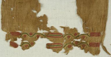 Coptic. Tunic, 6th-7th century C.E. Flax, wool, 29 1/2 x 25 3/4 in. (74.9 x 65.4 cm). Brooklyn Museum, Gift of the Long Island Historical Society, 26.734. Creative Commons-BY