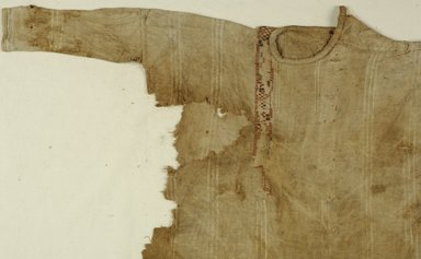 Coptic. Tunic, 5th century C.E. Flax, wool, 21 x 35 in. (53.3 x 88.9 cm). Brooklyn Museum, Gift of the Long Island Historical Society, 26.750. Creative Commons-BY
