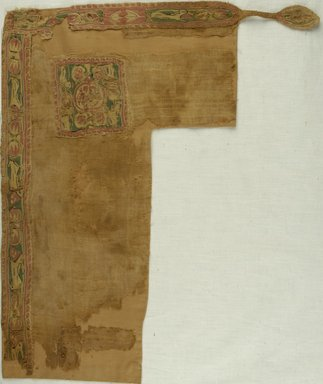 Coptic. Textile. Flax, wool , 26.752a: 16 3/4 x 19 1/2 in. (42.5 x 49.5 cm). Brooklyn Museum, Gift of the Long Island Historical Society, 26.752a-b. Creative Commons-BY