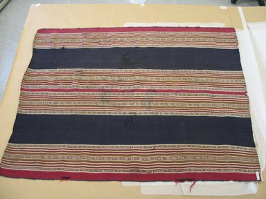 Aymara. Shawl, 1830-1850. Camelid fiber, 35 x 44 1/2 in. (88.9 x 113 cm). Brooklyn Museum, Alfred T. White Fund, 30.1165.15. Creative Commons-BY