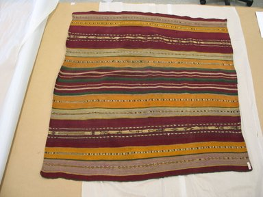 Aymara. Shawl, 20th Century. Camelid fiber, 39 1/2 x 36 in. (100.3 x 91.4 cm). Brooklyn Museum, Alfred T. White Fund, 30.1165.20. Creative Commons-BY