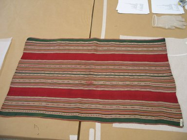 Aymara. Shawl, 19th or 20th Century. Camelid fiber, 22 x 37 in. (55.9 x 94 cm). Brooklyn Museum, Alfred T. White Fund, 30.1165.26. Creative Commons-BY
