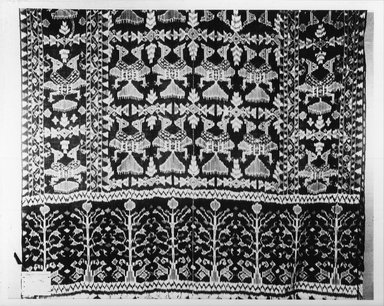 Fringed Shawl, ikat weave. Cotton Brooklyn Museum, A. Augustus Healy Fund, 31.835. Creative Commons-BY
