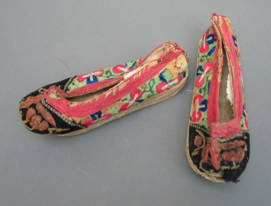 Pair of Manchu Child's Shoes, Early 20th century. Leather, embroidered satin silk, Pair: 2 3/8 x 5 7/8 in. (6 x 15 cm). Brooklyn Museum, Brooklyn Museum Collection, 34.1484. Creative Commons-BY