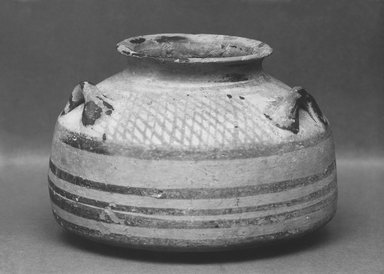 Alabastron, ca.1250 B.C.E. Clay, 3 3/4 x Diam. 5 5/16 in. (9.5 x 13.5 cm). Brooklyn Museum, Charles Edwin Wilbour Fund, 35.765. Creative Commons-BY