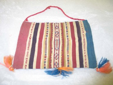 Bag. Cotton, camelid fiber Brooklyn Museum, Gift of Mrs. Eugene Schaefer, 36.410. Creative Commons-BY