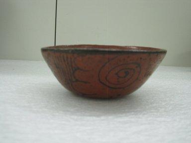 Aztec. Bowl, ca. 1325-1500. Ceramic, pigment, 2 3/16 x 5 1/2 x 5 1/2 in. (5.5 x 14 x 14 cm). Brooklyn Museum, Carll H. de Silver Fund, 36.592. Creative Commons-BY