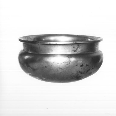 Bowl. Bronze, 2 11/16 x Diam. 5 5/16 in. (6.8 x 13.5 cm). Brooklyn Museum, Charles Edwin Wilbour Fund, 37.1546E. Creative Commons-BY
