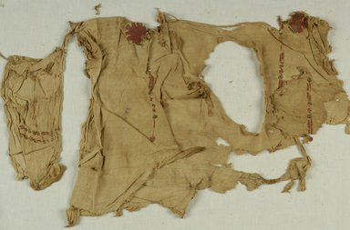 Coptic. Tunic. Linen, wool, 19 x 28 in. (48.3 x 71.1 cm). Brooklyn Museum, Charles Edwin Wilbour Fund, 37.2003E. Creative Commons-BY