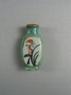 Chinese. Snuff Bottle, 19th century C.E. Porcelain (probably), Panel: 2 x 1 x 9/16 in. (5.1 x 2.6 x 1.4 cm). Brooklyn Museum, Charles Edwin Wilbour Fund, 37.2025E. Creative Commons-BY