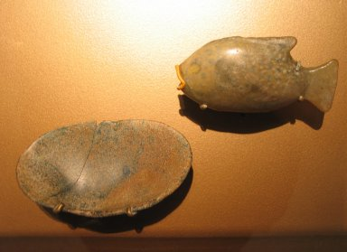Toilet Dish in the Form of a Sea Shell, ca. 1390-1292 B.C.E. Glass, 7/8 x 2 5/8 x 4 5/8 in. (2.2 x 6.6 x 11.7 cm). Brooklyn Museum, Charles Edwin Wilbour Fund, 37.599E. Creative Commons-BY