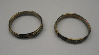 Pair of Bracelets, Late 19th - early 20th century. Tortoise shell, silver, diam. 7.2 cm. Brooklyn Museum, Frank L. Babbott Fund, 37.371.132.1-.2. Creative Commons-BY