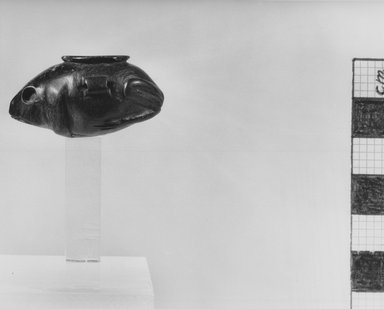 Small Ointment Jar in the Form of a Frog. Serpentine, 13/16 x 1 1/2 in. (2.1 x 3.8 cm). Brooklyn Museum, Charles Edwin Wilbour Fund, 37.648E. Creative Commons-BY