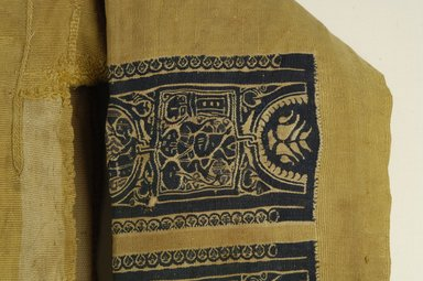 Coptic. Tunic with Mythological Motifs, 7th century C.E. Wool, 53 1/2 x 101 in. (135.9 x 256.5 cm). Brooklyn Museum, Charles Edwin Wilbour Fund, 41.523. Creative Commons-BY
