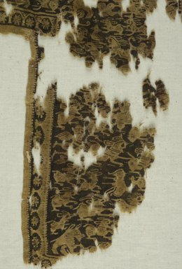 Coptic. Fragmentary Textile in Tapestry Weave, 7th-8th century C.E. Wool, 15 1/4 x 10 1/4 in. (38.7 x 26 cm). Brooklyn Museum, Gift of Pratt Institute, 41.809. Creative Commons-BY