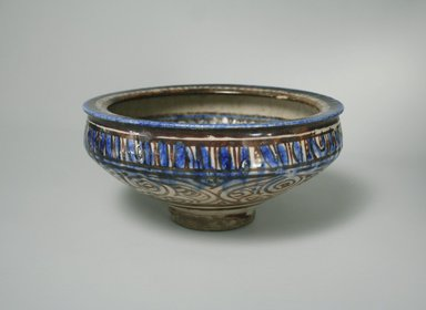 Bowl, 14th century. Pottery, 4 x 8 5/16 in. (10.2 x 21.1 cm). Brooklyn Museum, Gift of Mrs. Horace O. Havemeyer, 42.212.3. Creative Commons-BY