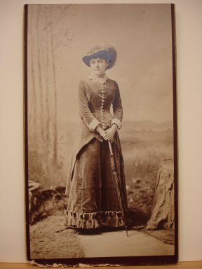 Alva Pearsall (American, 1839-1893). [Mrs. Grant, formerly Helen Wolcott], ca. 1879. Sepia toned, Mount (cardboard): 12 1/4 x 7 in. (31.1 x 17.8 cm). Brooklyn Museum, Gift of Marion Grant, 43.1.16