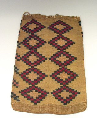 Nez Perce (Native American). Twined Weave Large Rectangular Bag, 20th century. Indian hemp, corn husk, 22 1/16 x 16 1/8 in.  (56 x 41 cm). Brooklyn Museum, Anonymous gift in memory of Dr. Harlow Brooks, 43.201.17. Creative Commons-BY