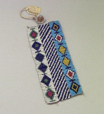 Plains (Native American). Woven Beadwork Strip with Diamond Pattern, early 20th century. Beads, 5 7/8 x 2 3/8 in. (14.9 x 6 cm). Brooklyn Museum, Anonymous gift in memory of Dr. Harlow Brooks, 43.201.59. Creative Commons-BY