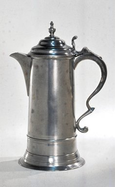 Thomas D. & Sherman Boardman. Flagon, 1810-1830. Pewter, 12 3/8 x 8 1/2 x 6 in. (31.4 x 21.6 x 15.2 cm). Brooklyn Museum, Designated Purchase Fund, 45.10.119. Creative Commons-BY