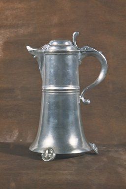 Johann Christopher Heyne. Flagon, 1742-1780. Pewter, 11 1/4 in. (28.6 cm). Brooklyn Museum, Designated Purchase Fund, 45.10.185. Creative Commons-BY