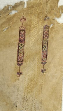 Coptic. Fragment of Embroidered Cloth, 8th-10th century C.E. Textilel; linen, silk, 8 11/16 x 9 13/16 in. (22 x 25 cm). Brooklyn Museum, Gift of Pratt Institute, 46.157.19. Creative Commons-BY