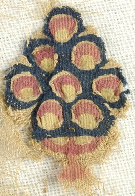 Coptic. Fragment of Linen Gauze, 5th century C.E. Linen, wool, 15 3/8 x 18 1/8 in. (39 x 46 cm). Brooklyn Museum, Gift of Pratt Institute, 46.157.2. Creative Commons-BY