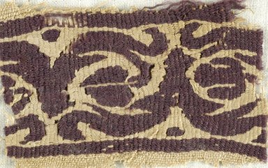 Coptic. Small Fragment of Tapestry Woven Border, 4th-5th century C.E. Linen, wool, 1 9/16 x 2 9/16 in. (4 x 6.5 cm). Brooklyn Museum, Gift of Pratt Institute, 46.157.6. Creative Commons-BY