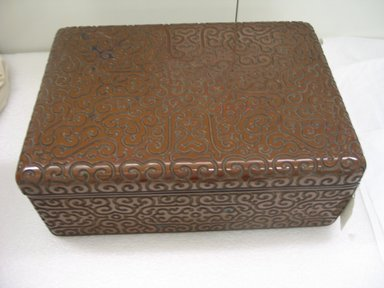 Oblong Box, 18th century. Lacquer, 6 1/8 x 12 1/8 x 17 1/8 in. (15.5 x 30.8 x 43.5 cm). Brooklyn Museum, Anonymous gift, 47.219.64a-b. Creative Commons-BY