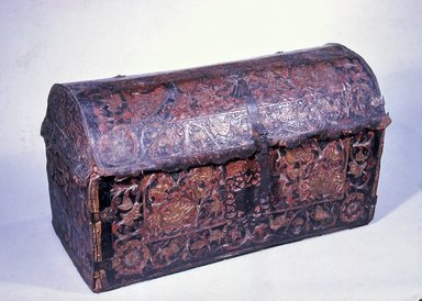 Trunk, ca. 1700. Leather, wood, iron Brooklyn Museum, Frank L. Babbott Fund, Frank Sherman Benson Fund, Carll H. de Silver Fund, A. Augustus Healy Fund, Caroline A.L. Pratt Fund, Charles Stewart Smith Memorial Fund, and Ella C. Woodward Memorial Fund, 48.206.94. Creative Commons-BY