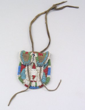 Plains, Eastern (Native American). Beaded Pouch, late 19th century. Hide, beads, 3 1/4 x 2 3/4 in. (8.3 x 7 cm). Brooklyn Museum, Henry L. Batterman Fund and the Frank Sherman Benson Fund, 50.67.40. Creative Commons-BY