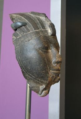 Brooklyn Museum: Head of Hatshepsut or Thutmose III
