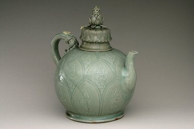 Brooklyn Museum: Ewer with Cover