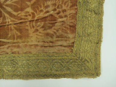Table Cover, ca. 1700. Velvet, silk, 37 1/2 x 64 in. (95.3 x 162.6 cm). Brooklyn Museum, Anonymous gift, 56.175.21. Creative Commons-BY