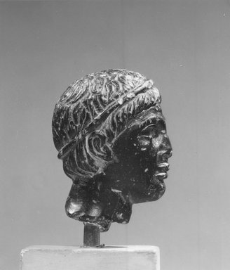 Head of a Man from a Statuette, 2nd-1st century B.C.E. (probably). Steatite, Accession Cards: Measurements: Height 4.8 cm., width 3.1 cm. Brooklyn Museum, Charles Edwin Wilbour Fund, 58.77. Creative Commons-BY