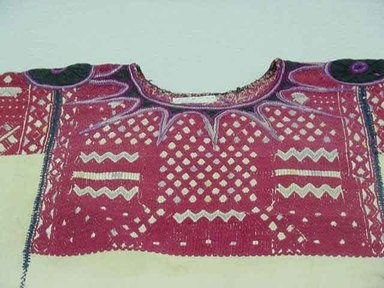 Maya. Blouse or Huipil, ca. 1940. Cotton Brooklyn Museum, Gift of the International Business Machine Corporation, 60.87.32. Creative Commons-BY
