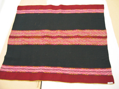 possibly Quechua. Shawl, 20th Century. Camelid fiber, 29 1/2 x 33 1/2 in. (74.9 x 85.1 cm). Brooklyn Museum, Gift of Dr. Werner Muensterberger, 64.210.7. Creative Commons-BY