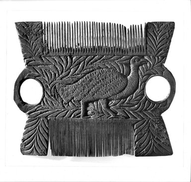 Comb, 6th century C.E. or later. Wood, 4 1/16 x 4 15/16 in. (10.3 x 12.6 cm). Brooklyn Museum, Charles Edwin Wilbour Fund, 65.1. Creative Commons-BY